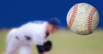 Baseball pitcher_40387793_702x336