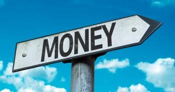 Money_64913729_702-336