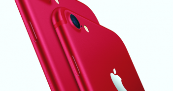 iPhone_7_and_iPhone_7_Plus_Product_Red_Hero_Lockup_2_Up_On_White_PR-PRINT copy