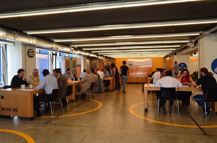 startupbootcamp hightechxl athens pitch day 2014 702336 2