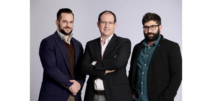 Η ομάδα championsid.com, από αριστερά προς τα δεξιά: Κωνσταντίνος Συνοδινός, CEO & Founder, Μιχάλης Μόσχος, Senior Advisor & Co-Founder, Βασίλης Κιριμκιρίδης, CTO & Co-Founder.